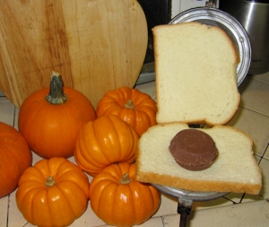 Halloween Reese's Toas-Tite