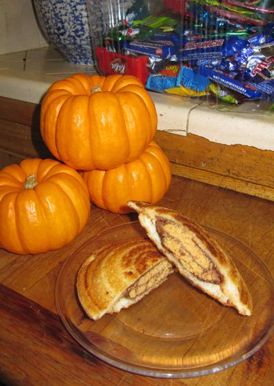 Halloween Toas-Tite
