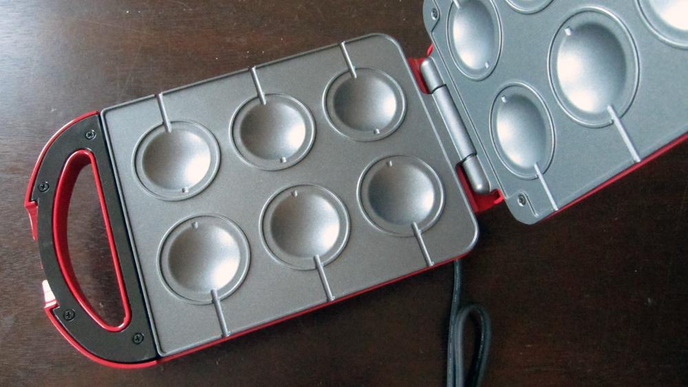 The babycakes pie pop maker mini pies or mini toas tites for Best mini pie maker